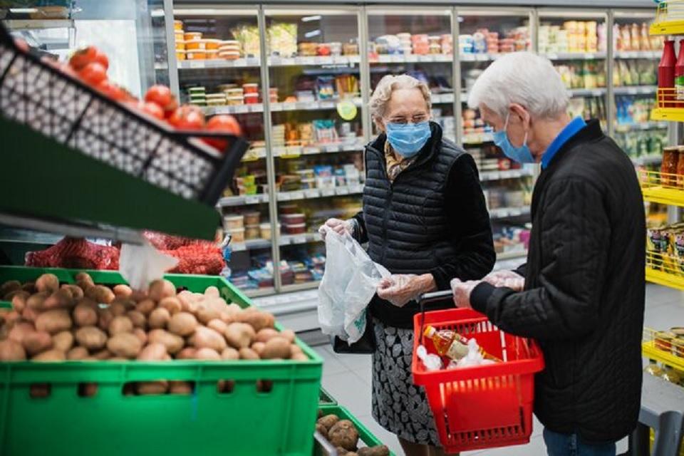 Nowe uregulowanie  w sprawie godzin dla seniorów w sklepach - Zdjęcie główne
