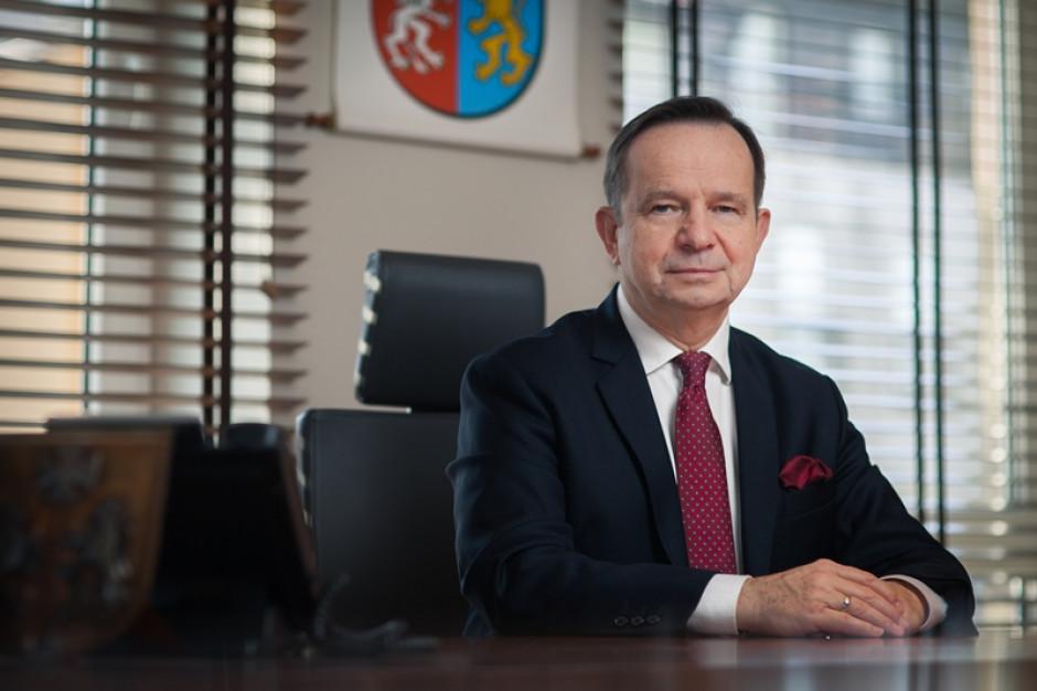 """Władysław Ortyl o ślubie kościelnym Prezesa TVP: """"Smutek i gorycz"""" - Zdjęcie główne"""