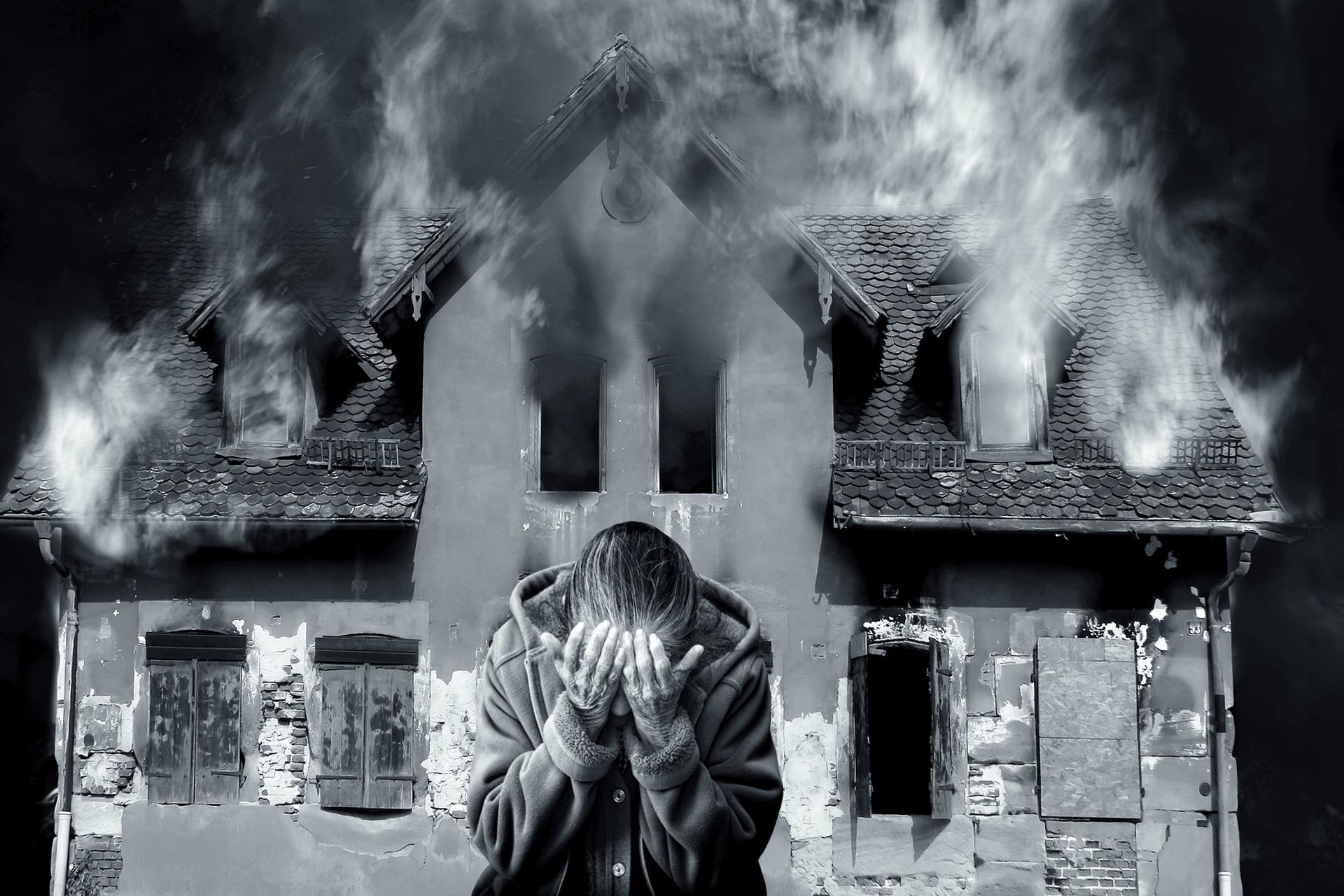 REGION: Tragiczny pożar domu. Strażacy znaleźli ciało. - Zdjęcie główne