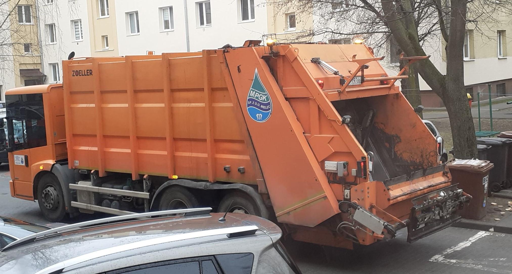 Śmieci rzadziej odbierane, a ceny takie same. Oburzonych mielczan uspokaja urząd miasta - Zdjęcie główne