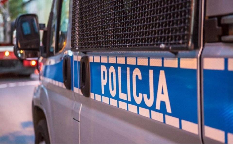Policja ostrzega, aby nie wpuszczać obcych do domu - Zdjęcie główne