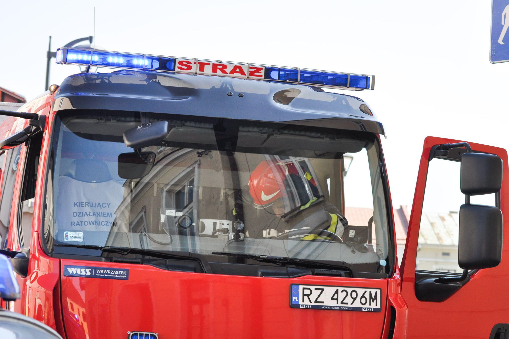Interwencja Straży Pożarnej przy ul. Kossaka - Zdjęcie główne
