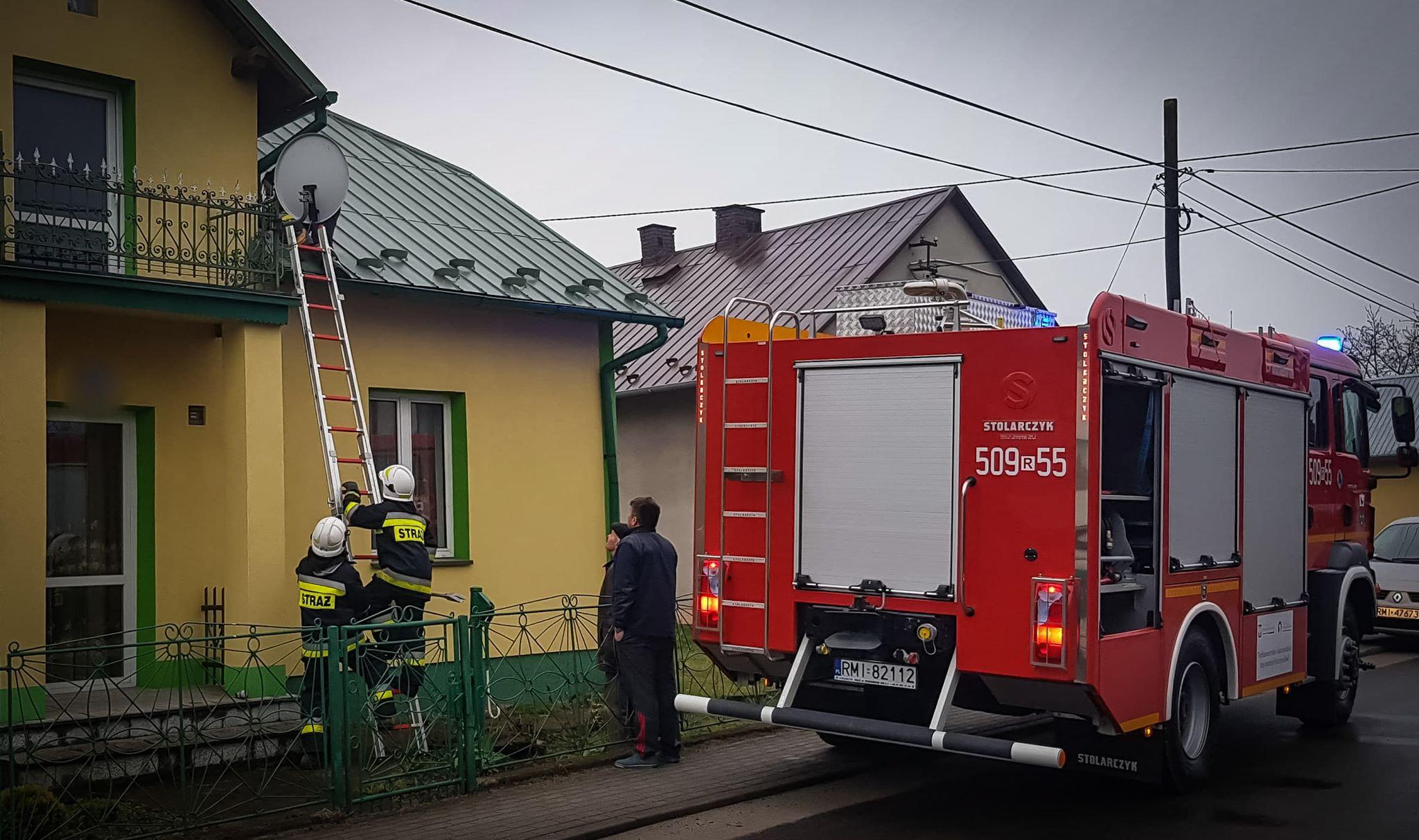 Starsza kobieta uwięziona we własnym domu. Pomogli strażacy z Padwi Narodowej [ZDJĘCIA] - Zdjęcie główne