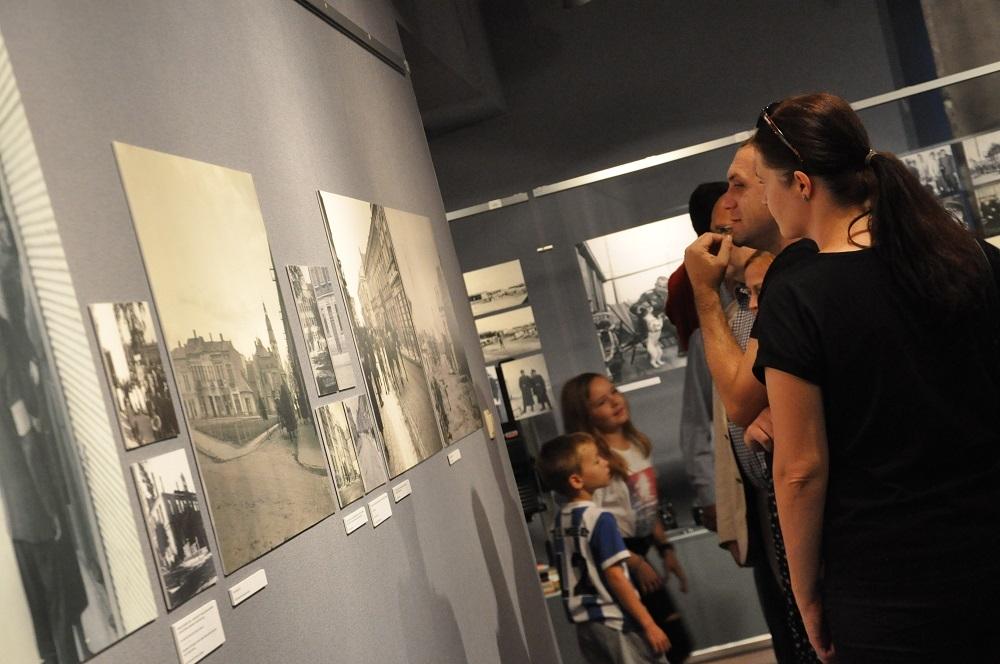"""Unikalne zdjęcia z okupacji Mielca - można zobaczyć w Muzeum """"Jadernówka""""  - Zdjęcie główne"""