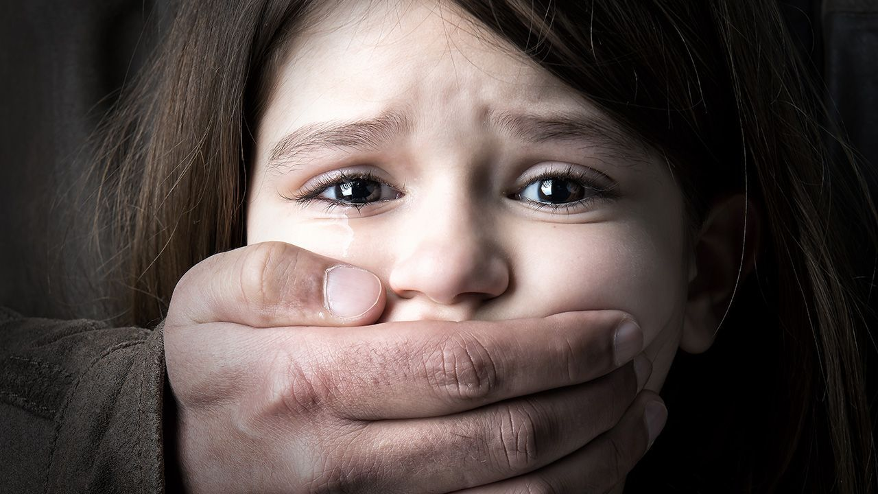 Z KRAJU: Bestialski gwałt na 5-letniej dziewczynce! - Zdjęcie główne