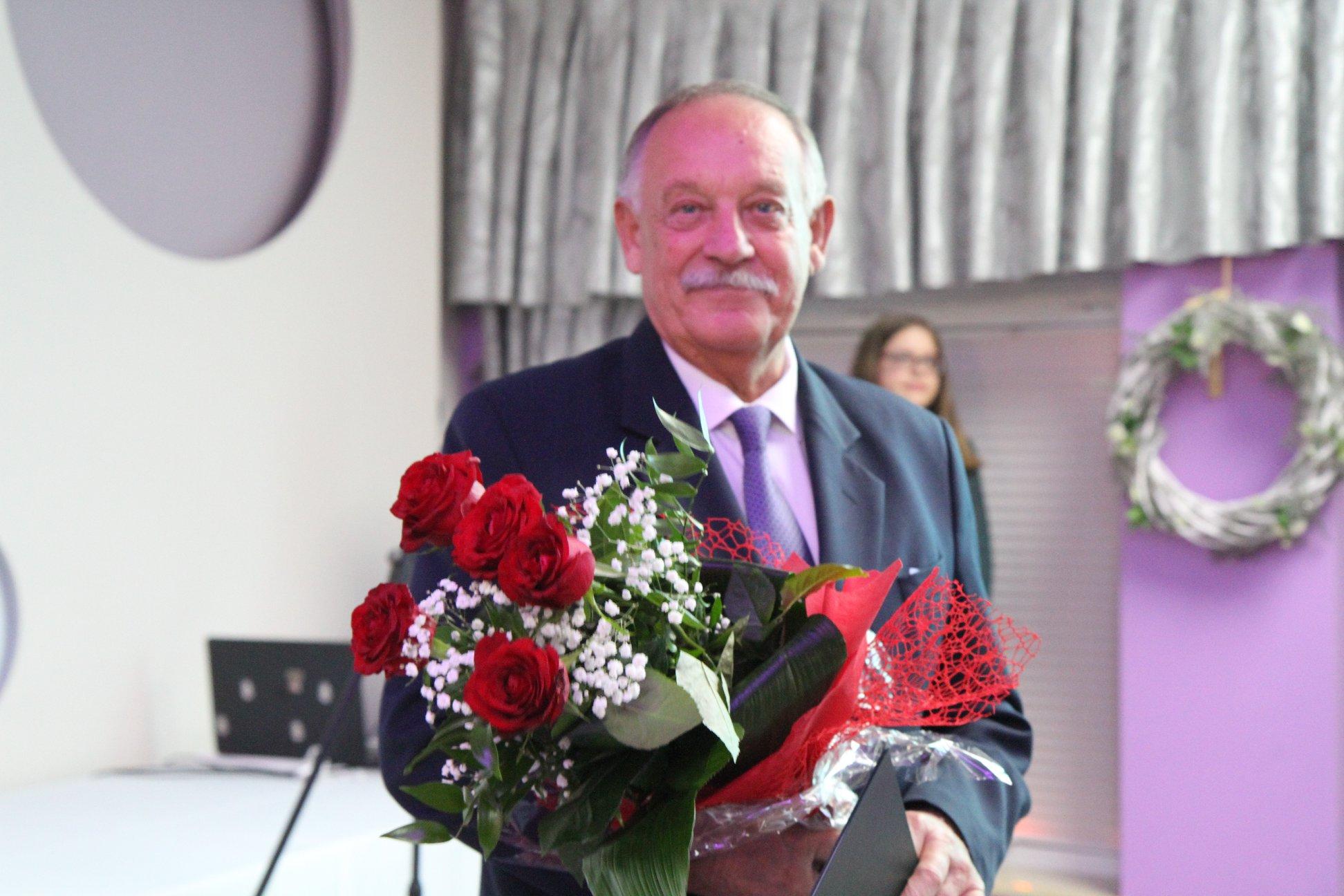 Mielec. Zbigniew Żola świętuje 50-lecie pracy trenera szermierki  - Zdjęcie główne