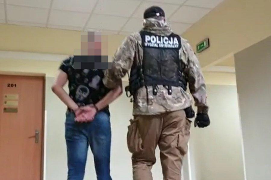Snajperzy z Mielca oprócz broni mieli w mieszkaniu coś jeszcze - Zdjęcie główne