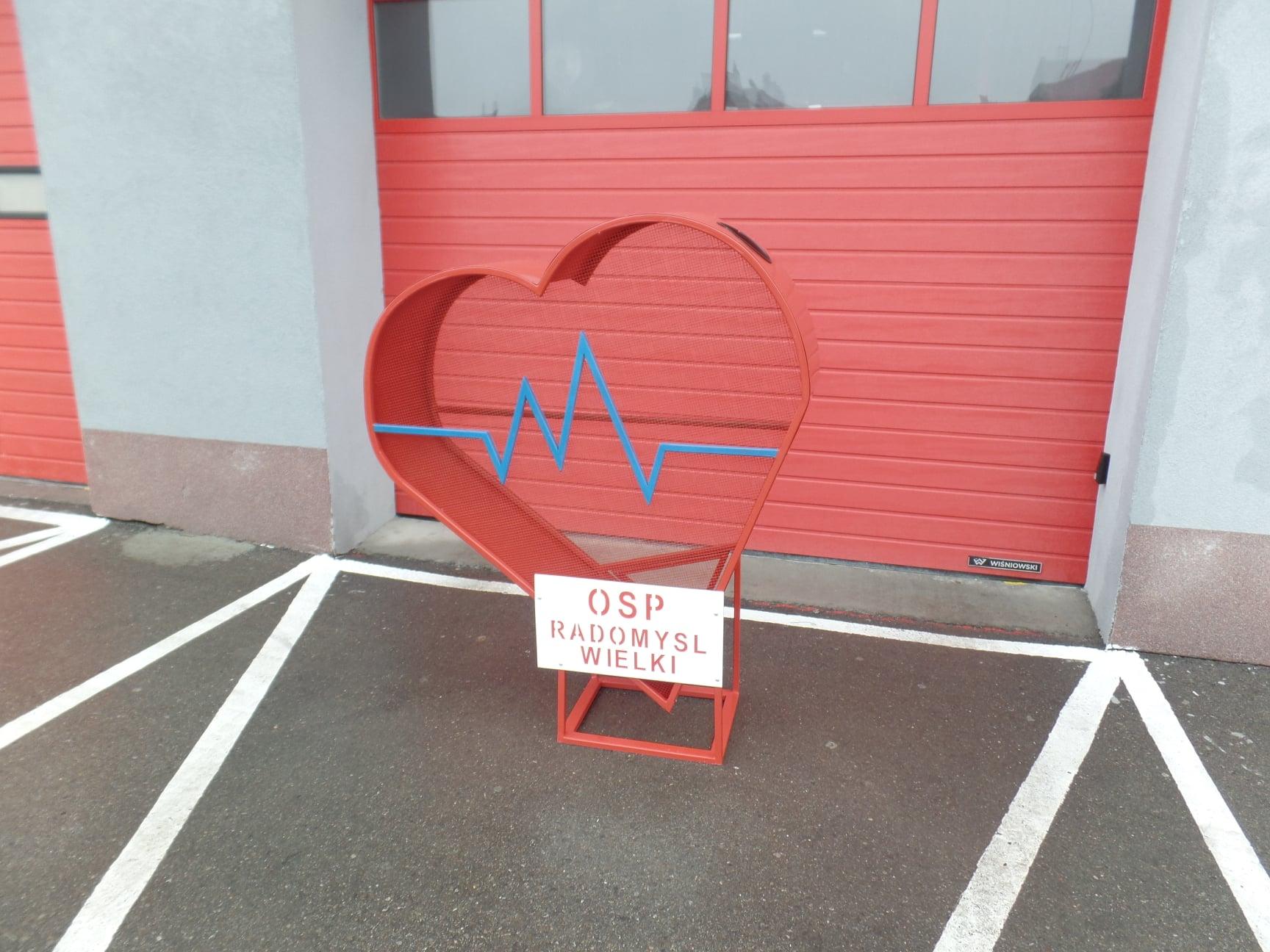 Serce od strażaków z OSP - Zdjęcie główne