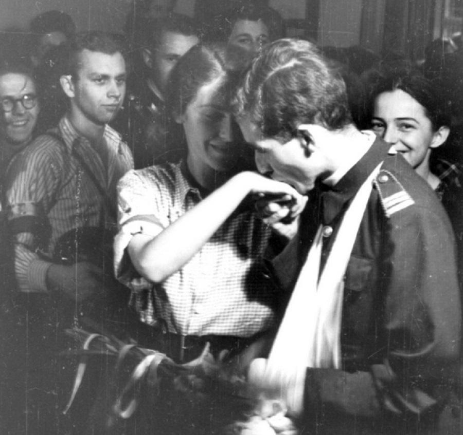 Najsłynniejszy pan młody Powstania Warszawskiego pochodzi z Podkarpacia - Zdjęcie główne