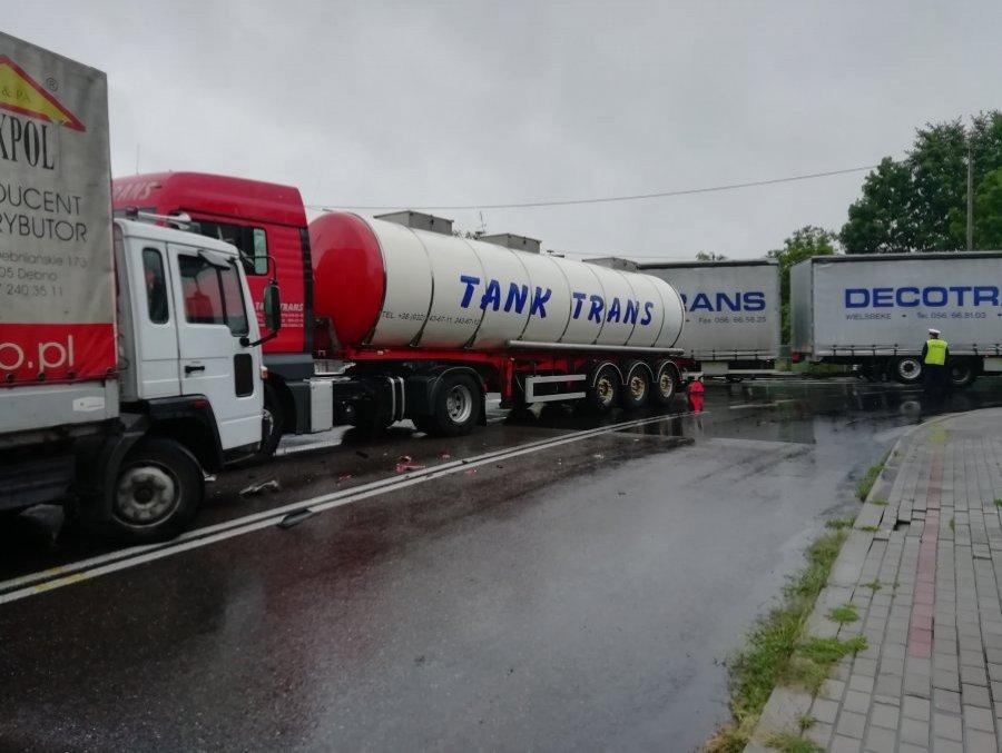 [Z regionu] Zderzenie ciężarówek - Zdjęcie główne