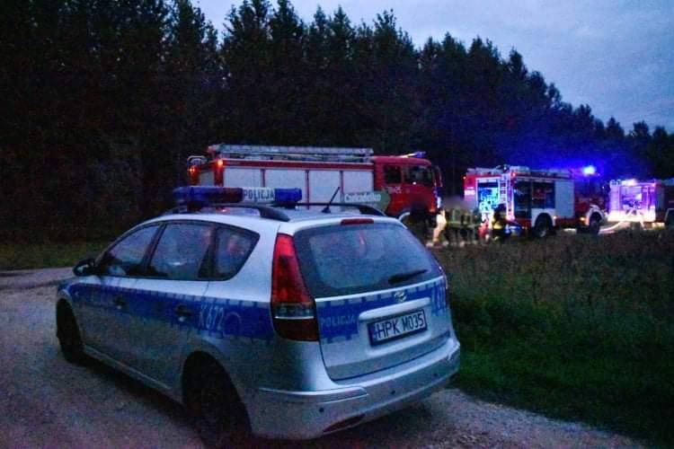 Pożar stodoły w Wadowicach Dolnych. W akcji 4 zastępy straży [ZDJĘCIA] - Zdjęcie główne