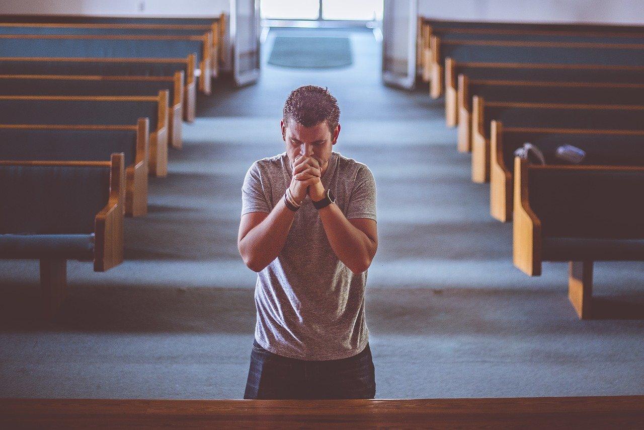 Kościół w liczbach. Ilu katolików uczęszcza na msze święte? - Zdjęcie główne