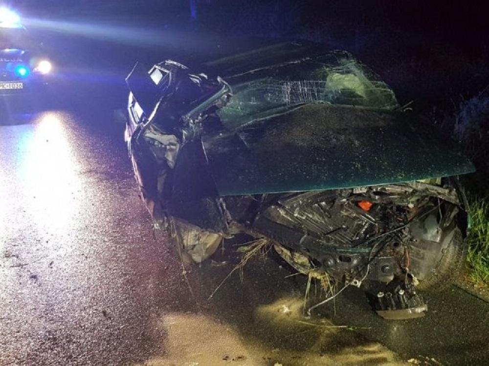 Z Podkarpacia. Pijany kierowca seata dachował uciekając przed policjantami - Zdjęcie główne