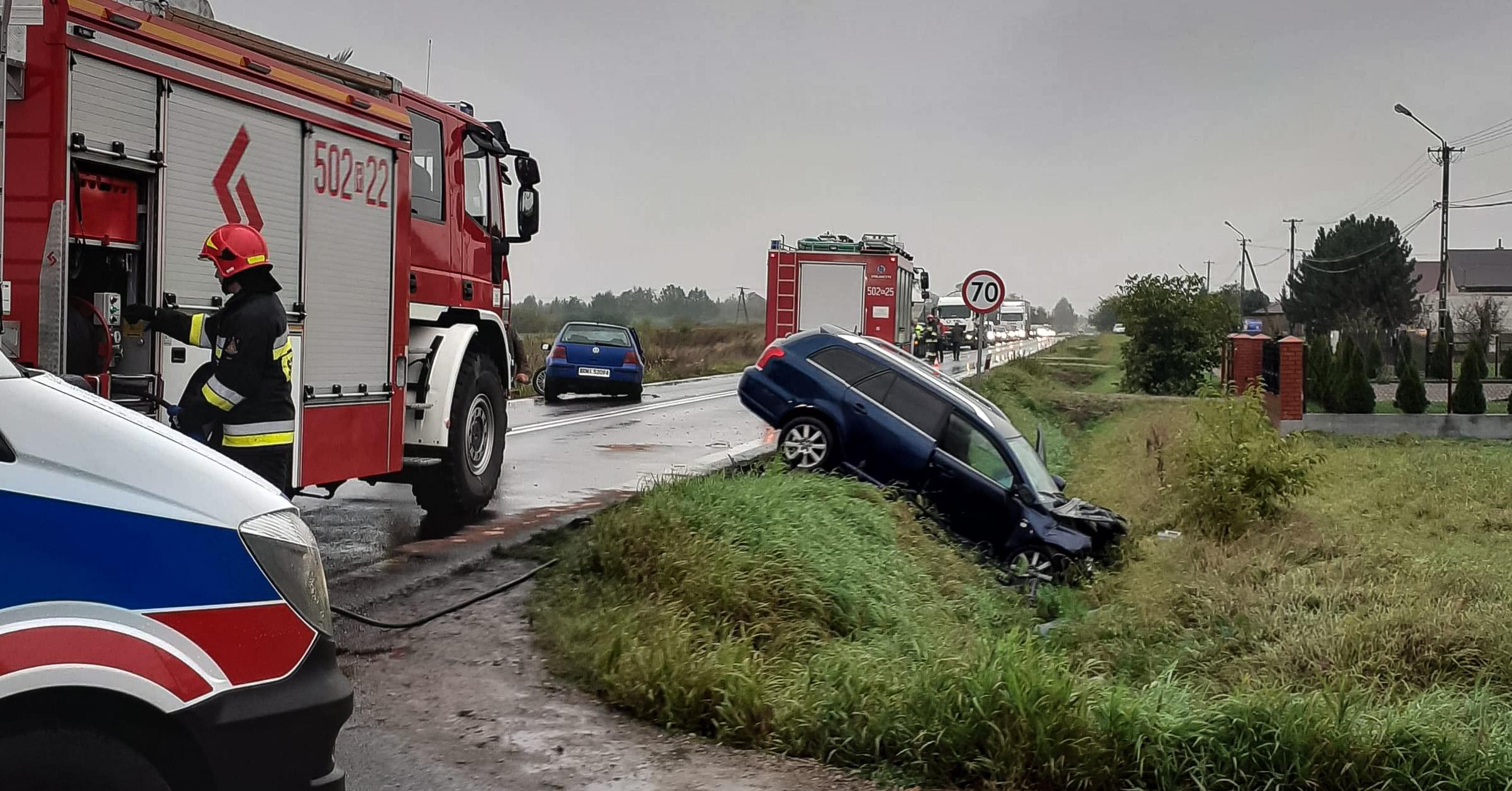 WYPADEK. Droga Tuszów Narodowy - Mielec zablokowana! [FOTO] - Zdjęcie główne