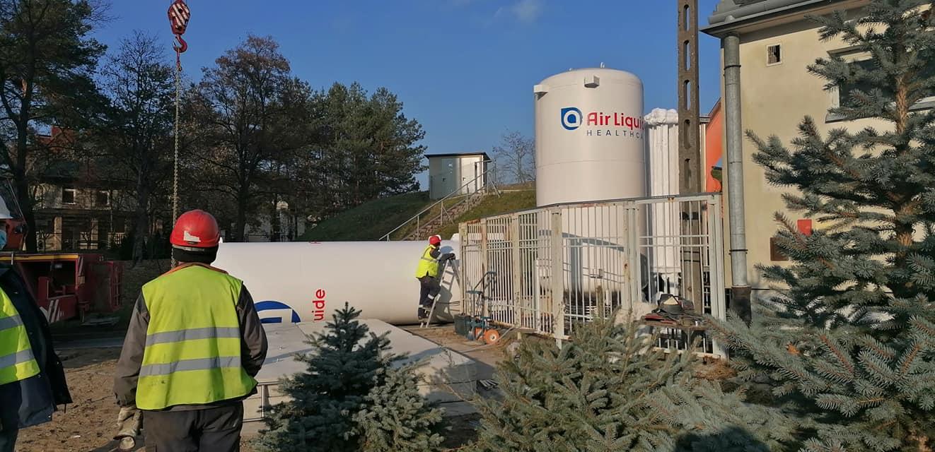 Przy mieleckim szpitalu został zamontowany nowy zbiornik na tlen - Zdjęcie główne