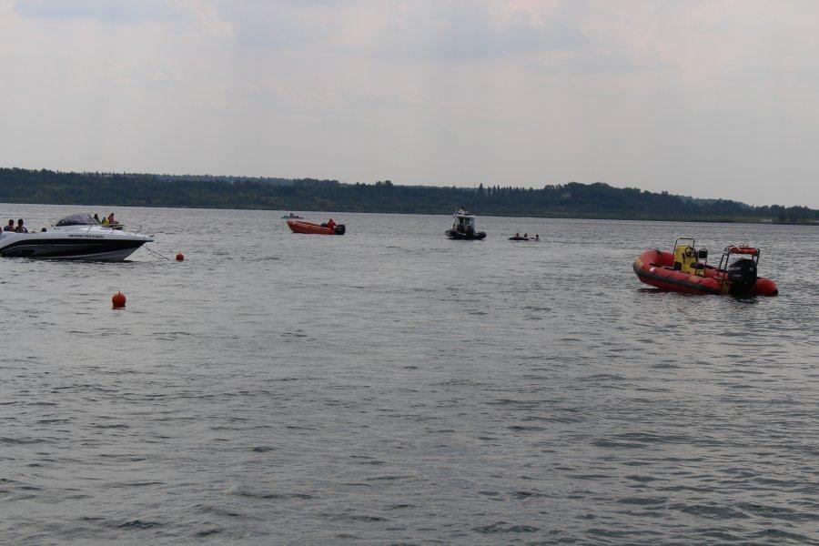 Ciało 22-latka odnalezione w Jeziorze Tarnobrzeskim - Zdjęcie główne