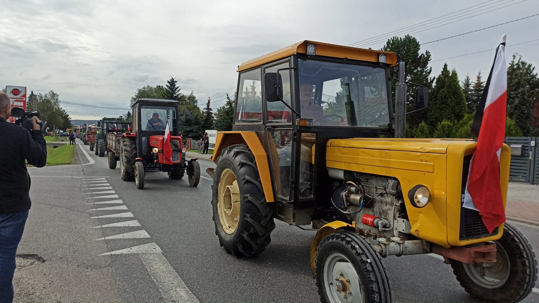 Rolnicy protestują na trasie Mielec - Dębica  - Zdjęcie główne