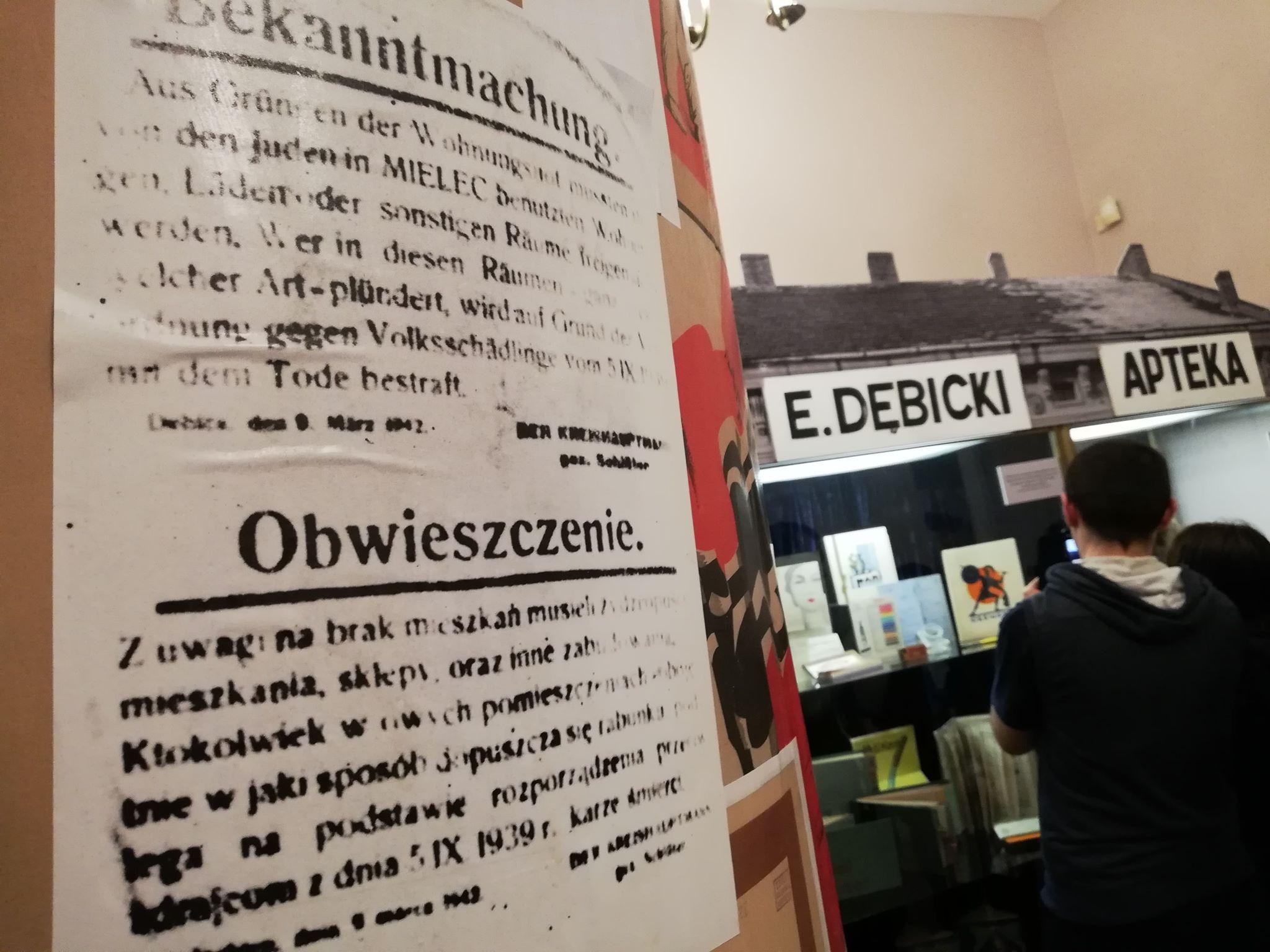 Muzeum w Pałacyku zaprasza na wystawę i opowieści o czasach II Wojny Światowej [VIDEO] - Zdjęcie główne