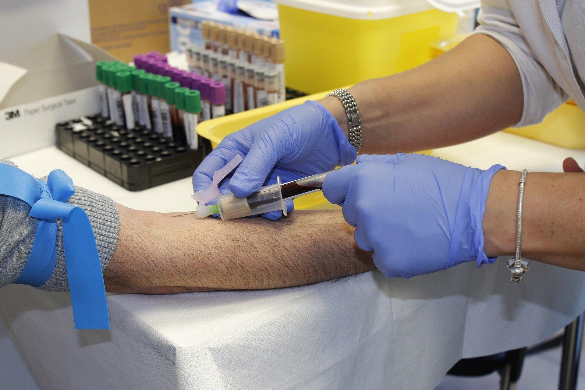 Ozdrowieńcy oddawajcie krew i osocze. W powiecie mieleckim jest 838 takich osób. - Zdjęcie główne
