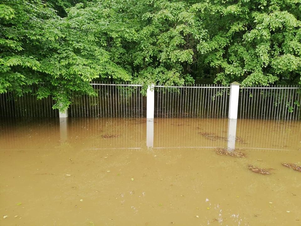 Caritas wesprze powodzian. Wypożyczą też osuszacze - Zdjęcie główne