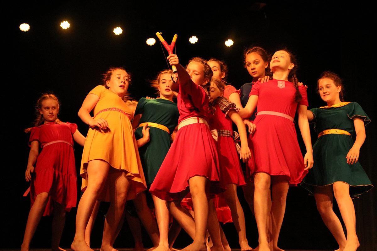 Kilka tanecznych kroków... Ostatni występ w tym sezonie  - Zdjęcie główne