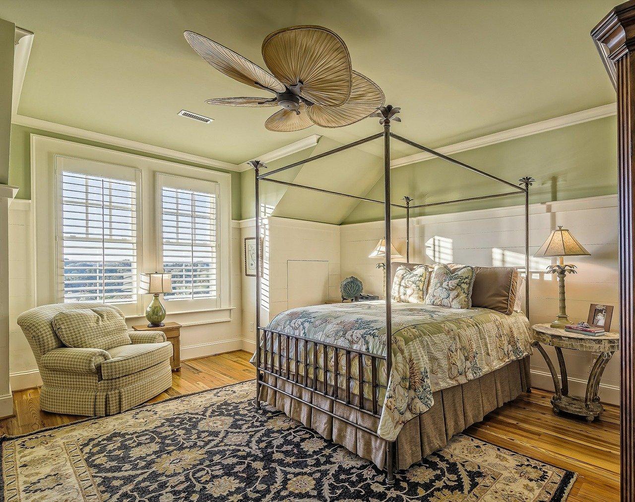 Jak urządzić piękną i stylową sypialnię? - Zdjęcie główne