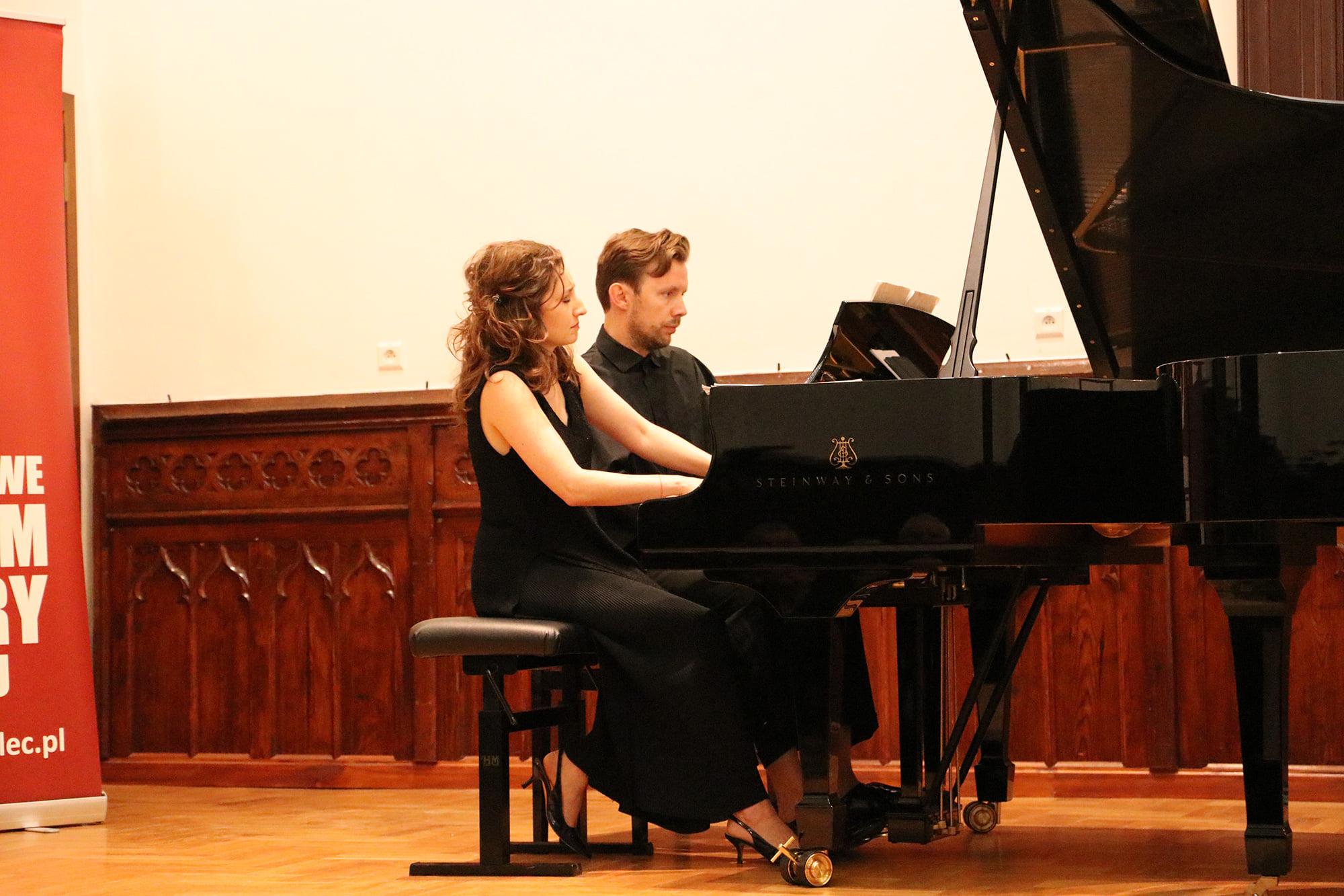 Utalentowali pianiści z forum pianistycznego wystąpili w Mielcu [ZDJĘCIA] - Zdjęcie główne