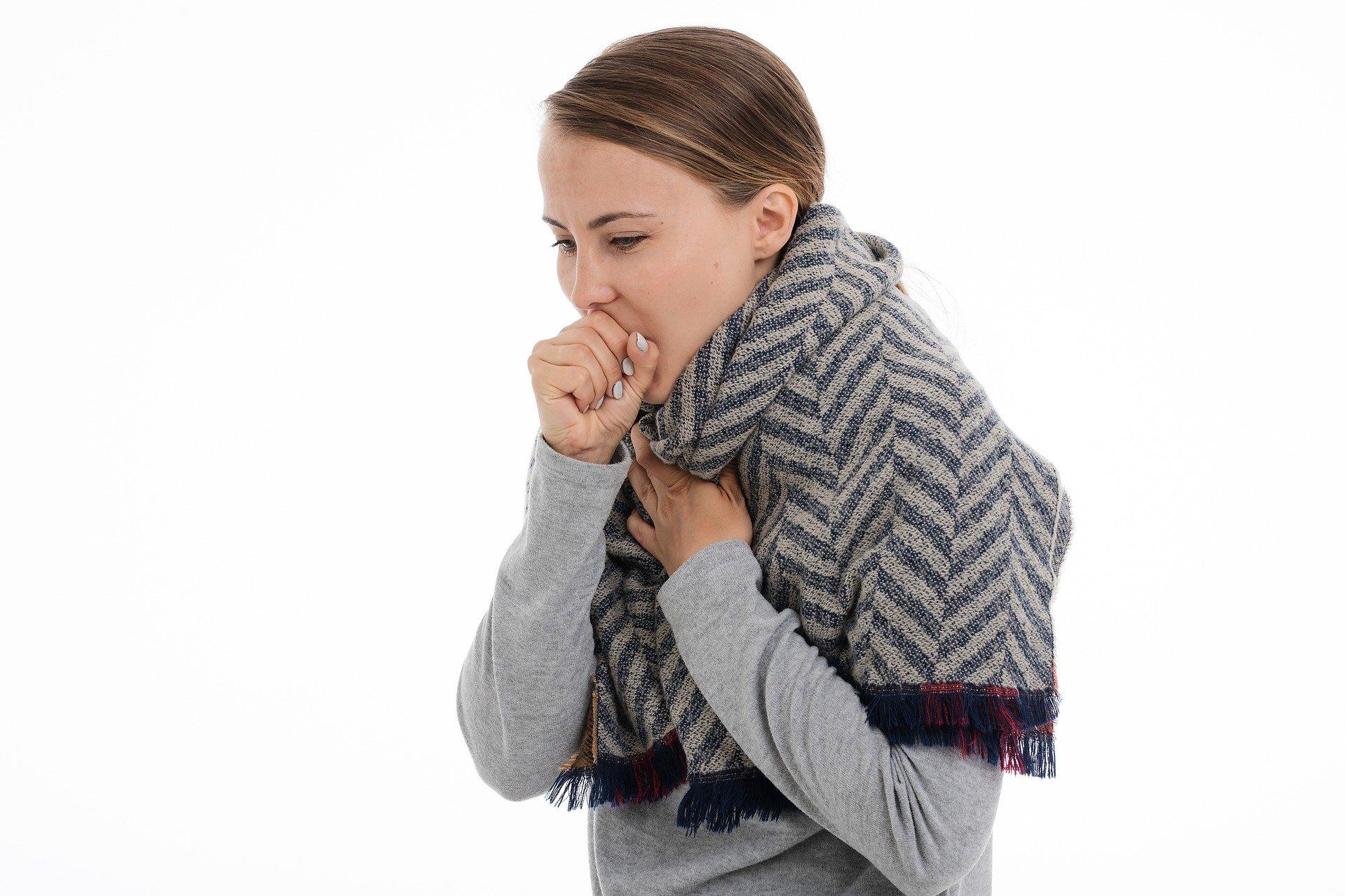 Koronawirus niesie śmierć, grypa nie. Mamy dane o zachorowaniach na obie choroby - Zdjęcie główne
