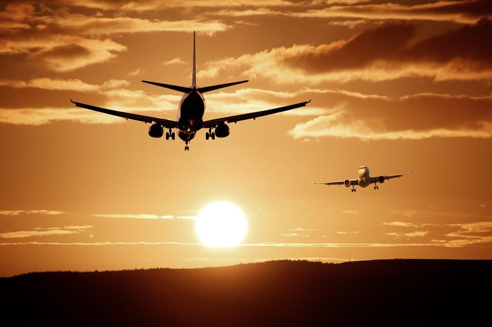 Samolot lecący z Mielca awaryjnie lądował na Śląsku - Zdjęcie główne