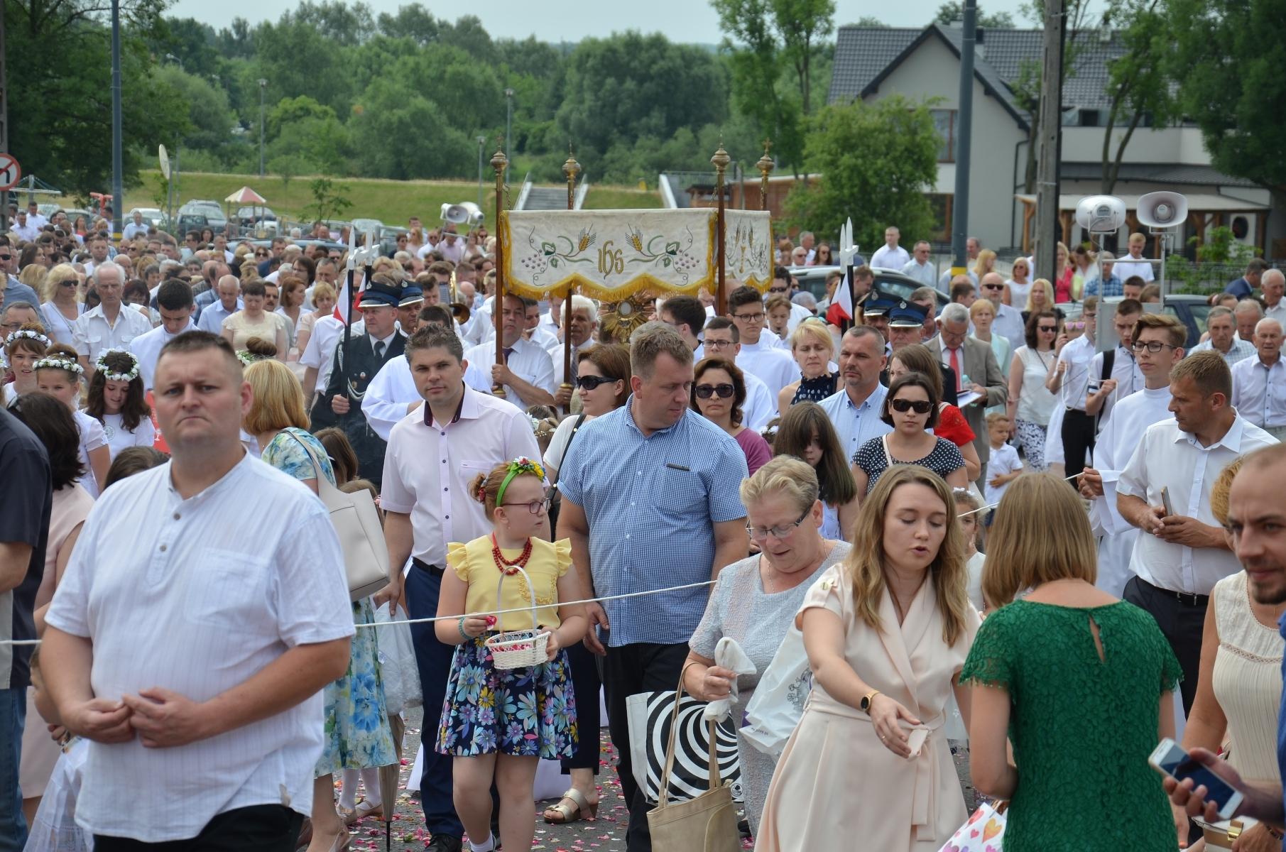 Manifestacja wiary na Starówce [ZDJĘCIA] - Zdjęcie główne