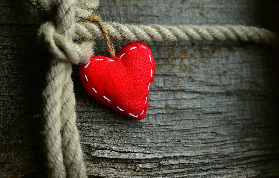 Uszyj sobie serce na walentynki - Zdjęcie główne