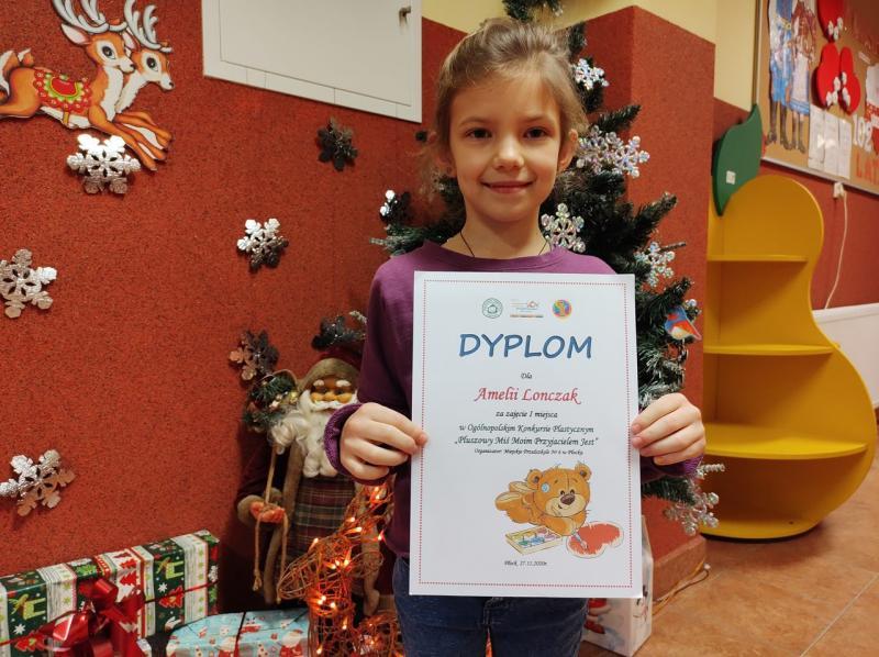Wielki sukces Amelki. Zdobyła pierwsze miejsce w ogólnopolskim konkursie - Zdjęcie główne