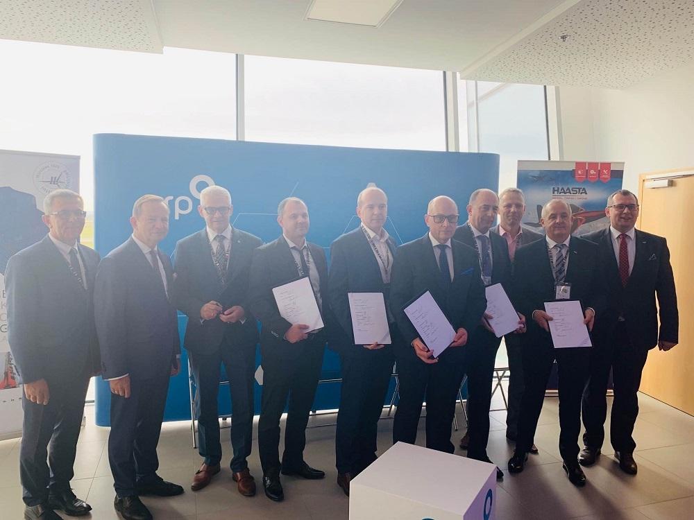 Na Podkarpaciu powstanie innowacyjna spółka, która zajmie się rozwojem przemysłu lotniczego - Zdjęcie główne