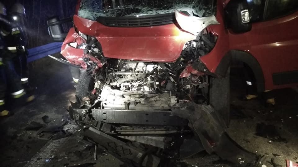 Podkarpacie: Wypadek z udziałem busa i TIR-a. Kierowca nie chciał jechać do szpitala - Zdjęcie główne