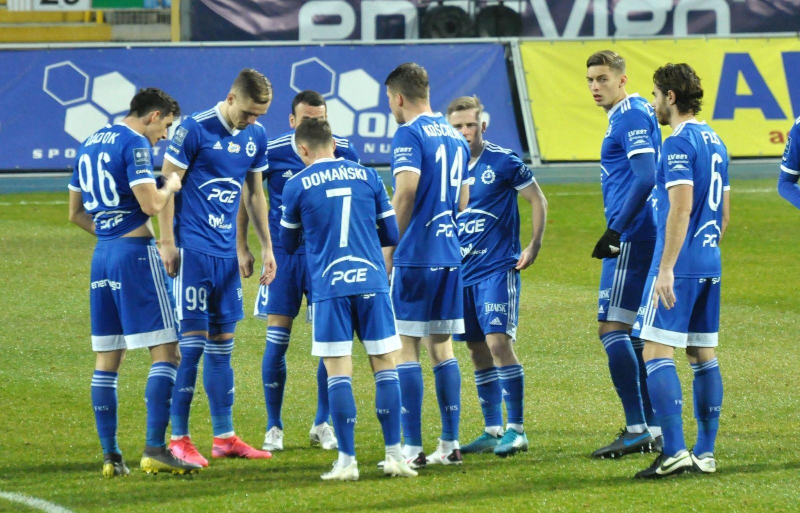 Co za mecz! 5 goli i 3 rzuty karne w starciu Stali Mielec z Legią Warszawa - Zdjęcie główne