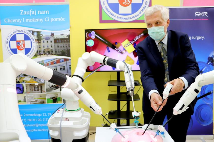 Nowoczesny robot chirurgiczny w mieleckim szpitalu [ZDĘCIA, FILM] - Zdjęcie główne
