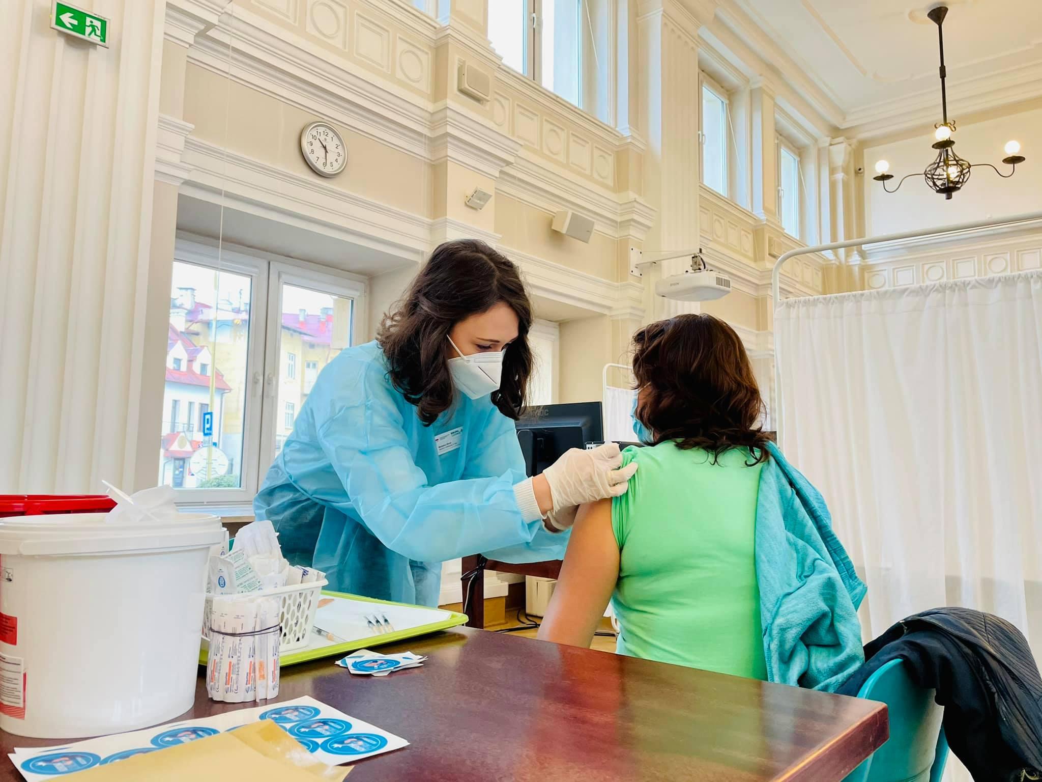 W regionie można zorganizować szczepienie w domu - Zdjęcie główne