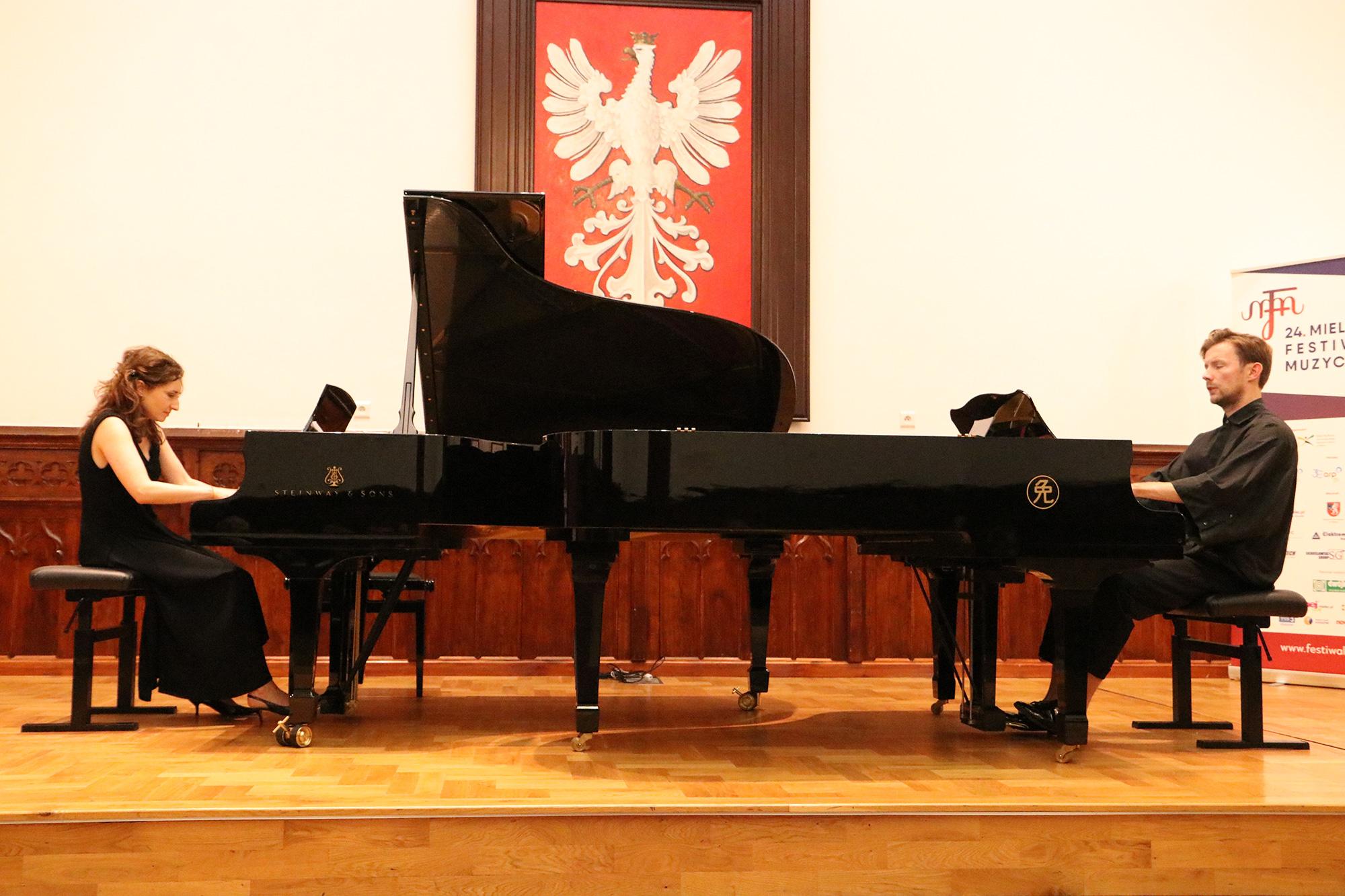 Mielec: Duo fortepianowe w Sali Królewskiej [ZDJĘCIA] - Zdjęcie główne