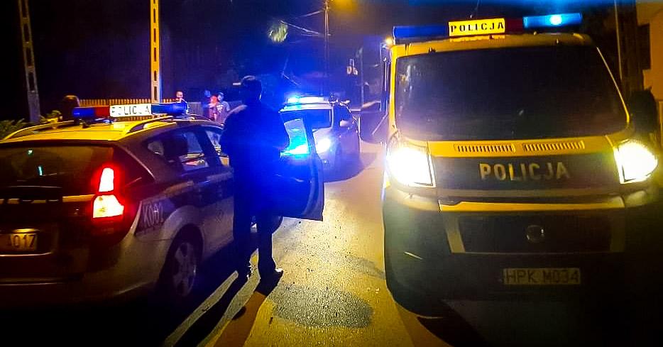 Zderzenie dwóch samochodów osobowych. Jedna osoba w szpitalu! - Zdjęcie główne