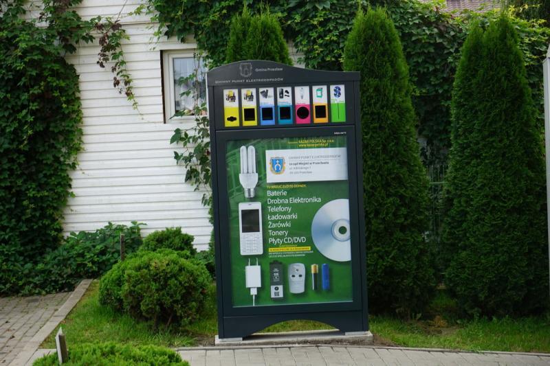 W gminie pojawiły się pojemniki na elektrośmieci - Zdjęcie główne