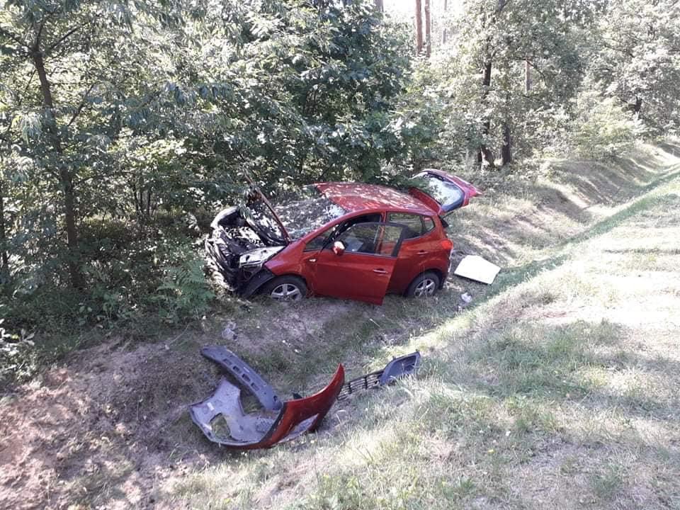 Wypadek na drodze Mielec - Kolbuszowa. 3 osoby trafiły do szpitala! [FOTO] - Zdjęcie główne