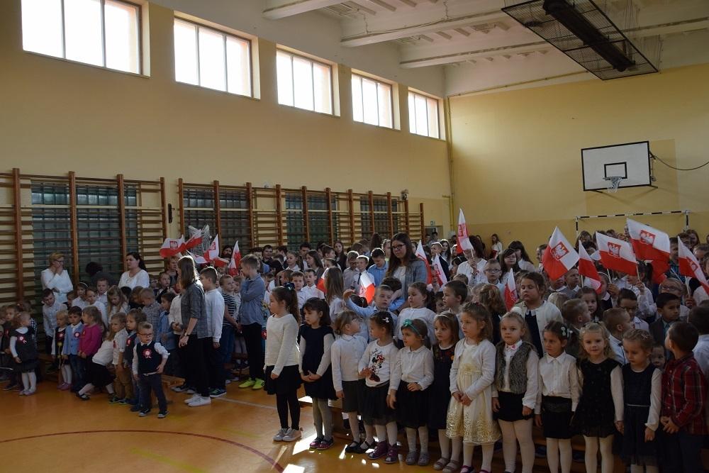 Święto Niepodległości w Zespole Szkolno – Przedszkolnym w Tuszowie Narodowym - Zdjęcie główne
