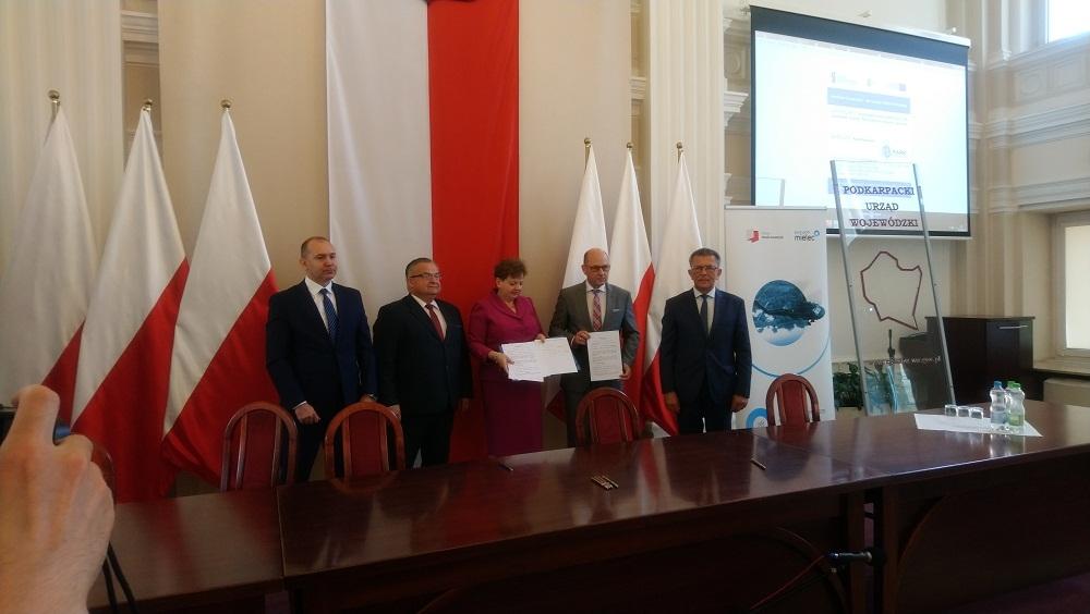 Nowa umowa Agencji Rozwoju Przemysłu. Ma zwiększyć szanse regionu  - Zdjęcie główne