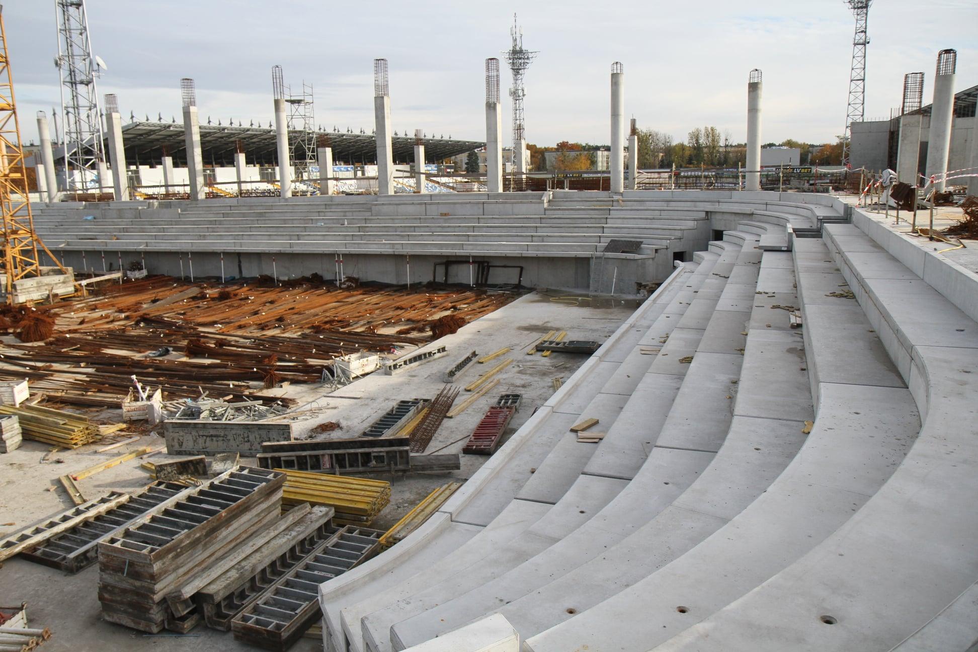 Mamy zdjęcia z budowy nowej hali sportowej MOSIR w Mielcu. Widać duży postęp! [FOTO] - Zdjęcie główne