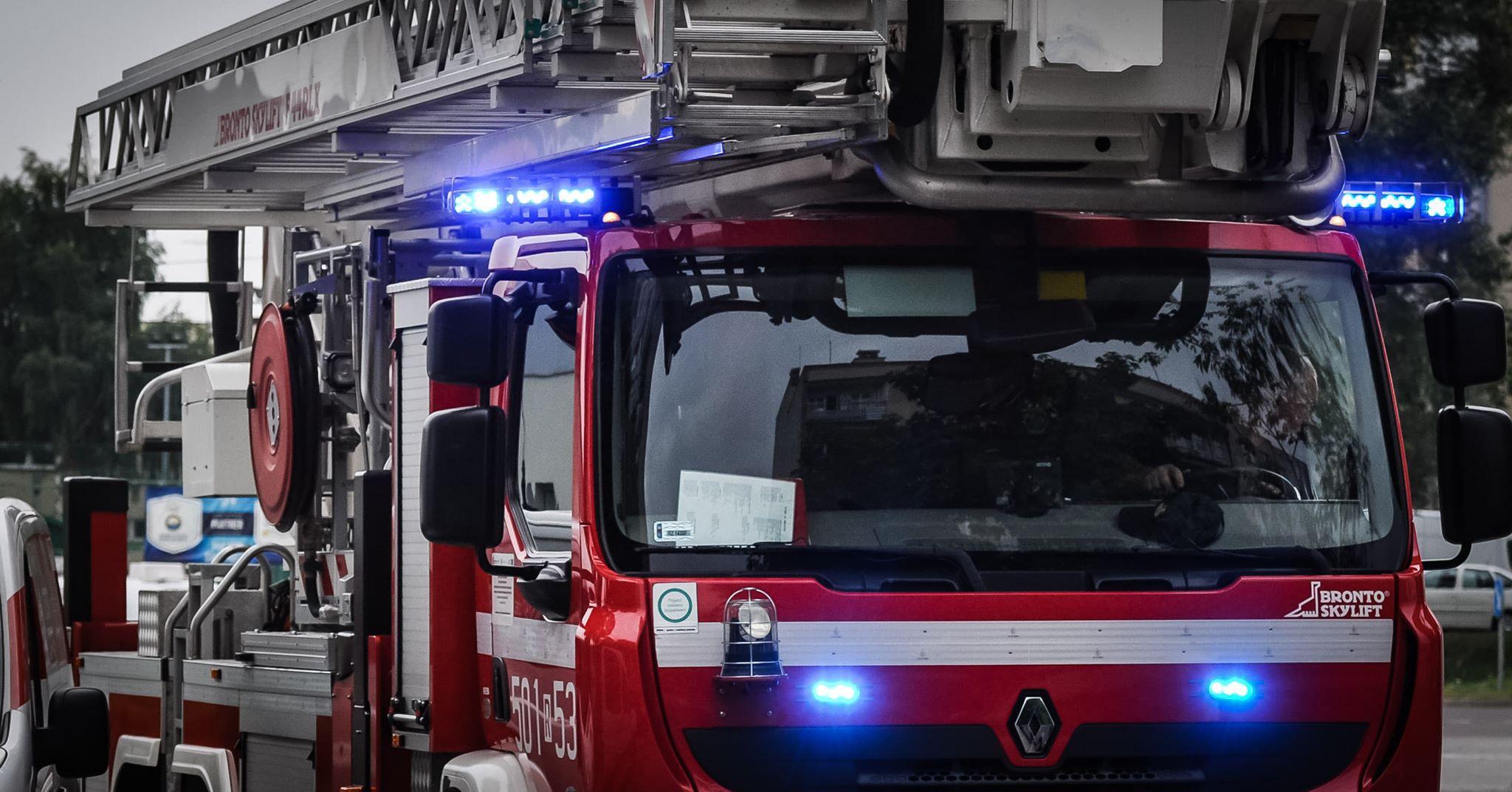 Z OSTATNIEJ CHWILI: Pożar domu. Trwa akcja gaśnicza! - Zdjęcie główne