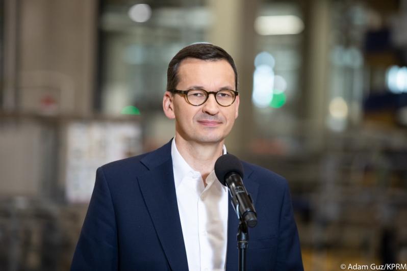 Czas po świętach niech będzie dobrowolną narodową kwarantanną - uważa premier Mateusz Morawiecki - Zdjęcie główne