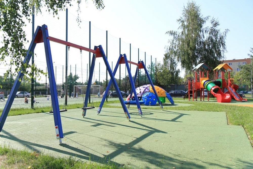 Wybrane przedszkolne place zabaw będą dostępne popołudniami dla najmłodszych! Jest decyzja magistratu  - Zdjęcie główne