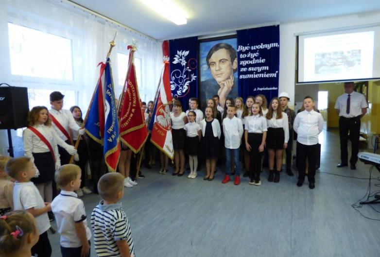 Święto Patrona Zespołu Szkół w Jaślanach! [FOTO] - Zdjęcie główne
