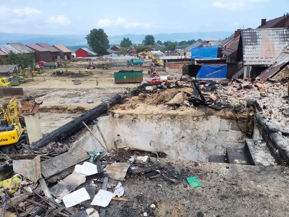 Krajobraz po katastrofie. Strażacy spod Dębicy pomagają w Nowej Białej [ZDJĘCIA] - Zdjęcie główne