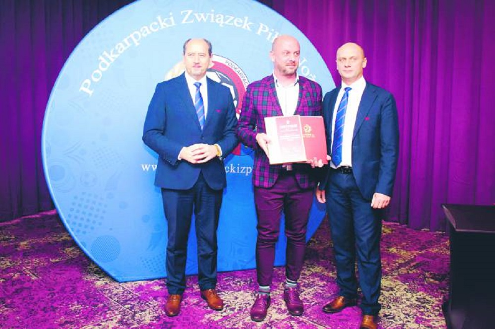 Złoty Certyfikat PZPN dla Piłkarskich Nadziei - Zdjęcie główne